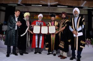 GNDU honoring Justice (Retd.) Jagdish Singh Khehar 31 may 2018 44th Annual Convocation of GNDU (4)